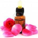 4 cách thư giãn và làm đẹp hiệu quả với tinh dầu hoa hồng