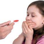 Tổng hợp những cách cho trẻ uống thuốc siêu hay của mẹ