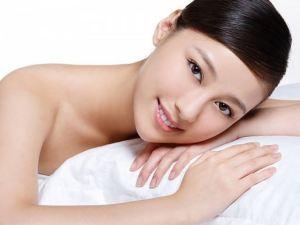 Các loại tinh dầu thiên nhiên giúp dưỡng và làm trắng da tốt nhất.Các loại tinh dầu thiên nhiên giúp dưỡng và làm trắng da tốt nhất.