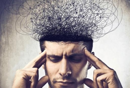 Stress kéo dài là nguyên nhân dẫn đến rụng tóc